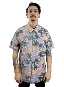 Antifashion - Leaf Print Short Sleeve Button-Up Shirt