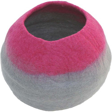 Lollycadoodle Wool Pet Caves in Pink