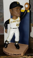 Roberto Clemente Pittsburgh Pirates 2004 SGA Clippers Bobblehead