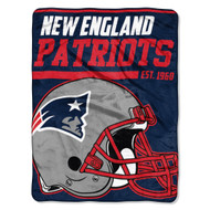 "New England Patriots 45""x60"" Super Plush Fleece Blanket"