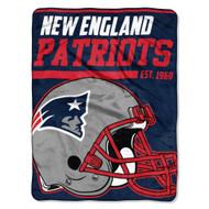 "New England Patriots 45""x60"" Super Plush Fleece Blanket"