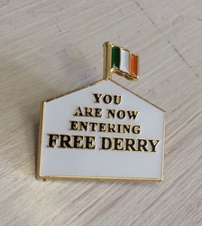 Free Derry enamel Badge