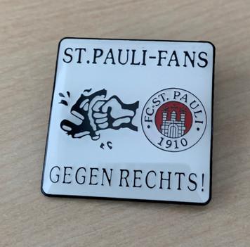 St Pauli Fans Gegen Rechts! enamel badge