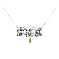 Three Link Hawaiian Hibiscus Flower Necklace with Gemstone