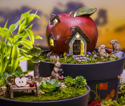 apple miniature garden set