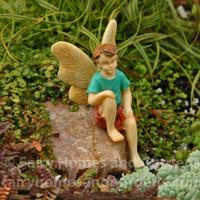 Sitting Boy Fairy