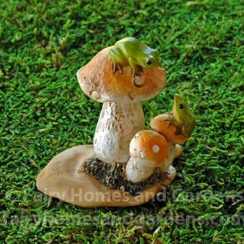 Tiny Frogs on Mushrooms