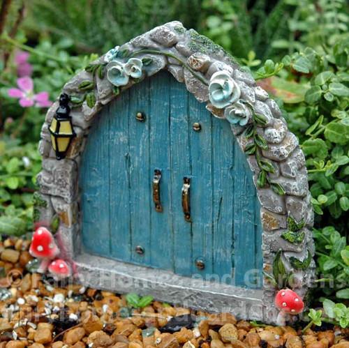 Miniature Blue Cobblestone Fairy Door