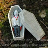 Miniature Vampire in Coffin
