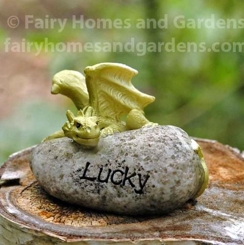 "Miniature Dragon Stone ""Lucky"""