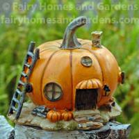 Miniature Pumpkin fairy Cottage Collectible