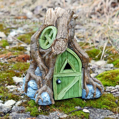 Root Fairy House with Foyer