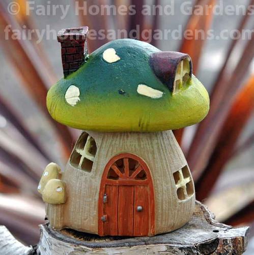 Miniature Garden LED Mushroom House