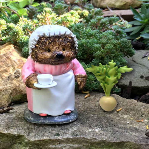 Miniature Mrs. Tiggy-Winkle and Turnip
