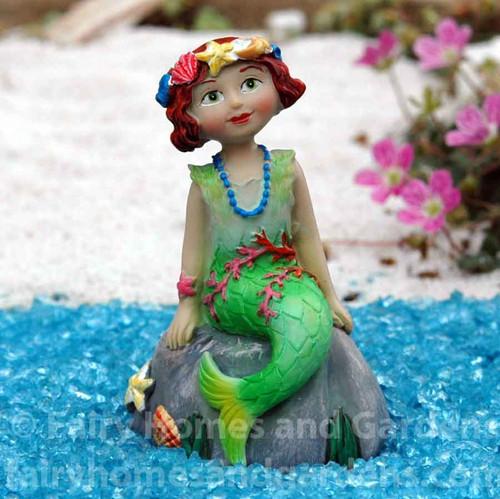 Miniature Merriment Mermaid Agnes
