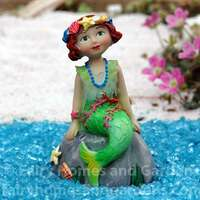 Miniature Merriment Mermaid Agnes