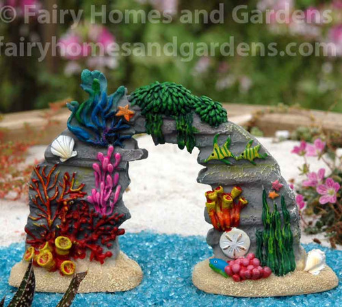 Miniature Merriment Coral Reef with Sea Life