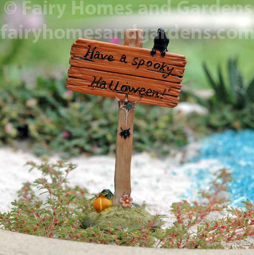 "Miniature ""Have a Spooky Halloween"" Sign"