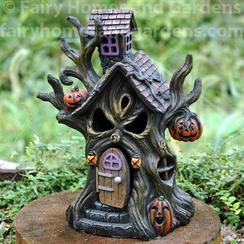 LED Haunted Tree House
