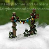 Miniature Holiday Fence Posts with Garland