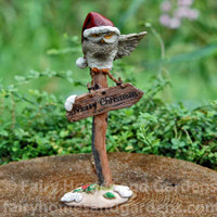 """Merry Christmas"" Owl on Sign Post"