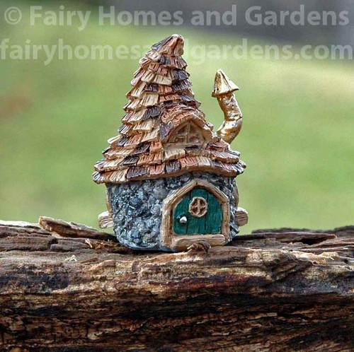 Micro Mini Shingletown Troll House