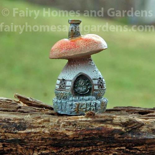 Micro Mini Toadstool Cottage