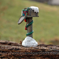 Miniature Christmas Mailbox - Alternate View