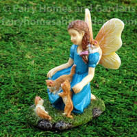 Woodland Knoll Fairy with Kittens
