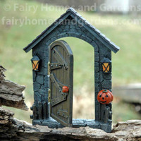 Halloween Hinged Door