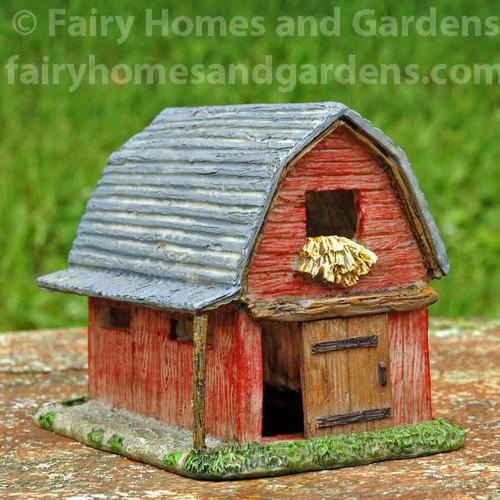 Woodland Knoll Small Rustic Barn