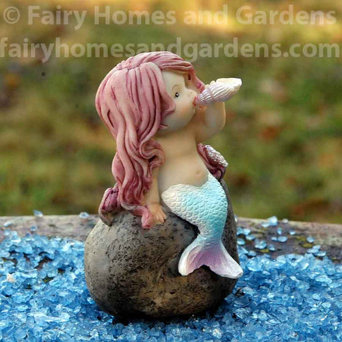 Top Collection Mermaid Playing Sea Shell