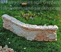 Miniature Curved Weathered Brick Wall
