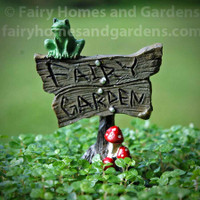 Fairy Garden Sign with Musrhooms and Froggie