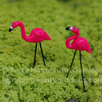 miniature pink flamingos lawn ornaments