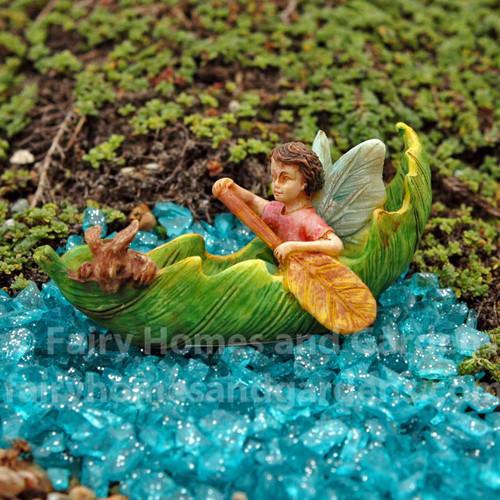 Miniature Leaf Canoe
