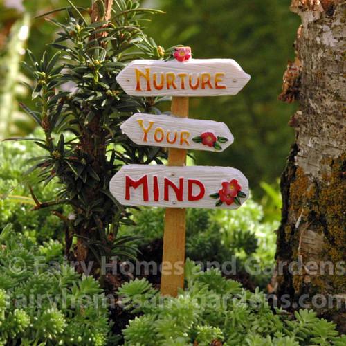 """Miniature """"Nurture Your Mind"""" Sign"""