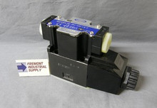 (Qty of 1) Power Valve USA HD-2B2-G03-LW-B-DC24 D05 hydraulic solenoid valve 4 way 2 position single coil  24 volt DC  Power Valve USA