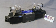 (Qty of 1) D03SD-2F-115A-35 Hyvair interchange D03 hydraulic solenoid valve 4 way 3 position, A & B OPEN to TANK, P Blocked  120/60 VOLT AC  Power Valve USA