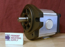Honor Pumps 2MM1U14 Hydraulic gear motor .85 cubic inch displacement Bi-directional  Honor Pumps USA