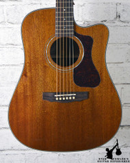 Guild D-120CE Natural w/ Case