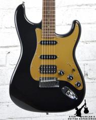 2004 Fender American Deluxe Stratocaster HSS Montego Black w/ HSC