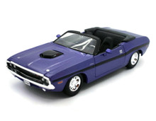 1970 Dodge Challenger R/TConvertible MAISTO Diecast 1:24 Scale Purple