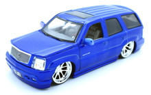 2002 Cadillac Escalade DUB City Diecast 1:24 Scale Candy Blue