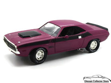 1970 Dodge Challenger T/A 340 6 Pak Ertl AMERICAN MUSCLE Diecast 1:18 Red