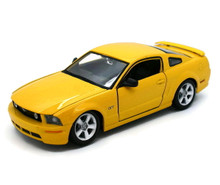 2006 Ford Mustang GT MAISTO SPECIAL EDITION Diecast 1:24 Scale Yellow