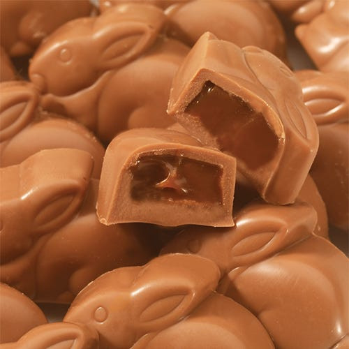 MILK CHOCOLATE (SUGAR, COCOA BUTTER, MILK, CHOCOLATE, SOY LECITHIN (AN EMULSIFIER), VANILLIN (AN ARTIFICIAL FLAVOR), VANILLA), CORN SYRUP, SWEETENED CONDENSED WHOLE MILK (MILK, SUGAR), HEAVY CREAM (MILK), BUTTER (CREAM (MILK), SALT), PALM KERNEL OIL, SALT, NATURAL AND ARTIFICIAL FLAVORS, SOY LECITHIN (AN EMULSIFIER), POTASSIUM SORBATE (A PRESERVATIVE). Contains Milk, Soy. May Contain: Egg, Peanut, Tree Nuts, Wheat.