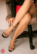 Clio reinforced toe pantyhose with reinforced panty