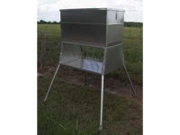 All Seasons Hay Feeder