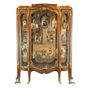 Ormolu-Mounted Kingwood Vitrine Attributed to Francois Linke